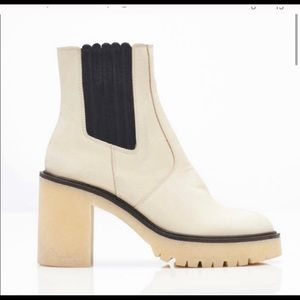 Shoes - ISO JAMES CHELSEA BOOT FREE PEOPLE SIZE 8